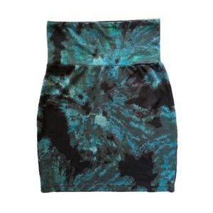 Aritzia Talula Green & Black Bodycon Miniskirt